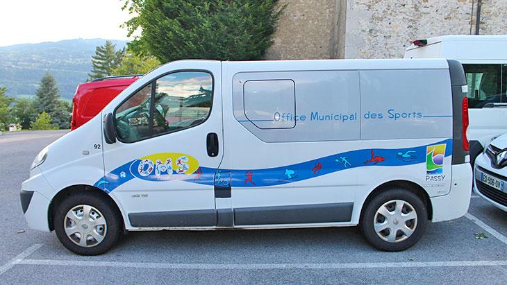 oms-minibus-2